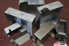 Изготовление корпусов, бирок и шальд из всех видов металла